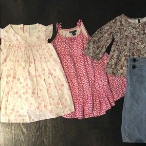 Lot bundle of baby gap dresses / outfits